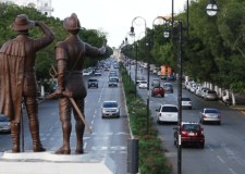 La estatua de los Montejo al final de Paseo Montejo