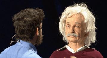 Einstein, robot.