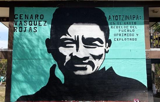 Mural en la Normal Rural de Ayotzinapa. Foto © Arturo de Dios Palma / Los Angeles Press.