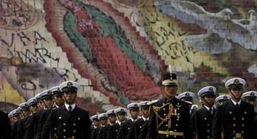 La Virgen y el Ejército. Foto AP.