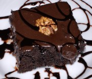Low-Carb Haselnuss-Brownies fast ohne Kohlenhydrate