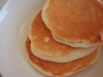 Eiweiß-Vanille-Pancakes mit nur 0,8 g Kohlenhydraten