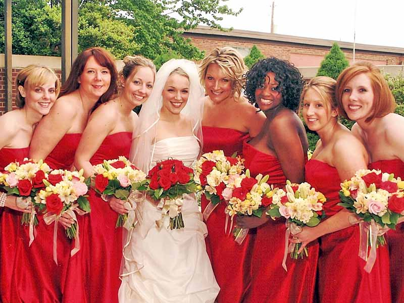 Corrie and her bridesmaids