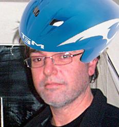twitter-avatar-aero-helmet