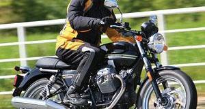 2010 Moto Guzzi V7 Classic Review | Rider Magazine
