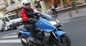 BMW-C-600-Sport-action2