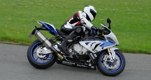 web-BMW Motorrad ABS Pro in the BMW HP4