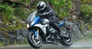 BMW-R1200RS-featured