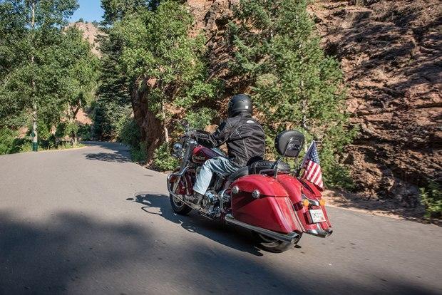 A Sisters rider winds through Utah on an Indian Springfield. (Photo: Sara Liberte/Indian Motorcycles)