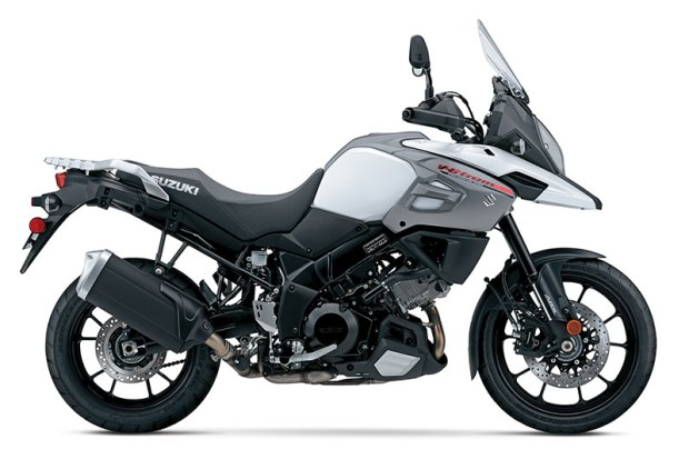 The 2018 Suzuki V-Strom 1000 and V-Strom 1000XT is available in the same color schemes as the 650, including Pearl Glacier White (above), Glass Sparkle Black and Champion Yellow No. 2.