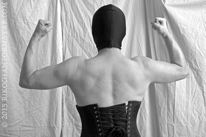 Rikochan's back on Muscle Monday