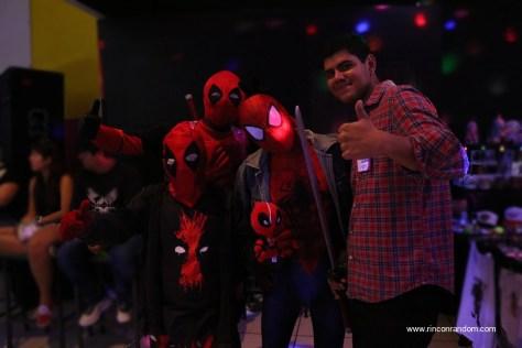 cosplay-deadpool-spiderman