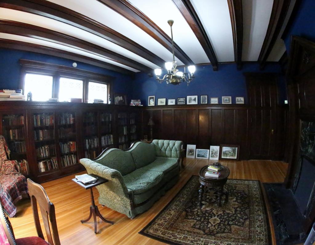 Library1Med (1024×797)