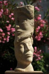 sculpture du visage - le Temps - fossiles - civilisation
