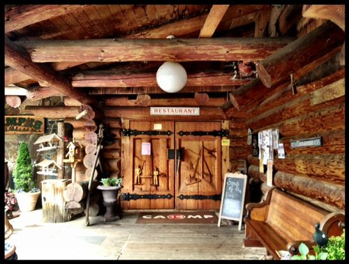 Camp18_entrance