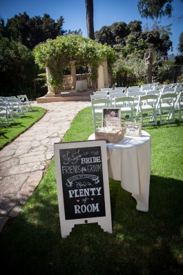 j1315-18-los-angeles-wedding-photographer-pierpont-inn-ventura