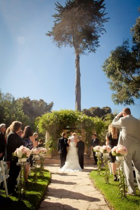 j1315-33-los-angeles-wedding-photographer-pierpont-inn-ventura
