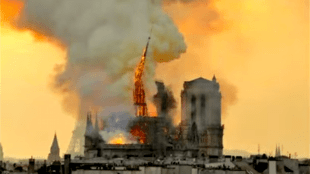 Notre Dame on fire (foto YouTube)