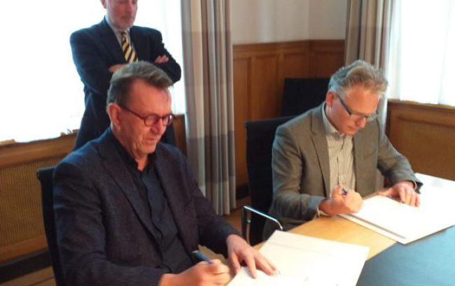 Wethouder Michiel Wouters met Ferdinand Vreugenhil en Robbert Waltmann (foto Facebook)