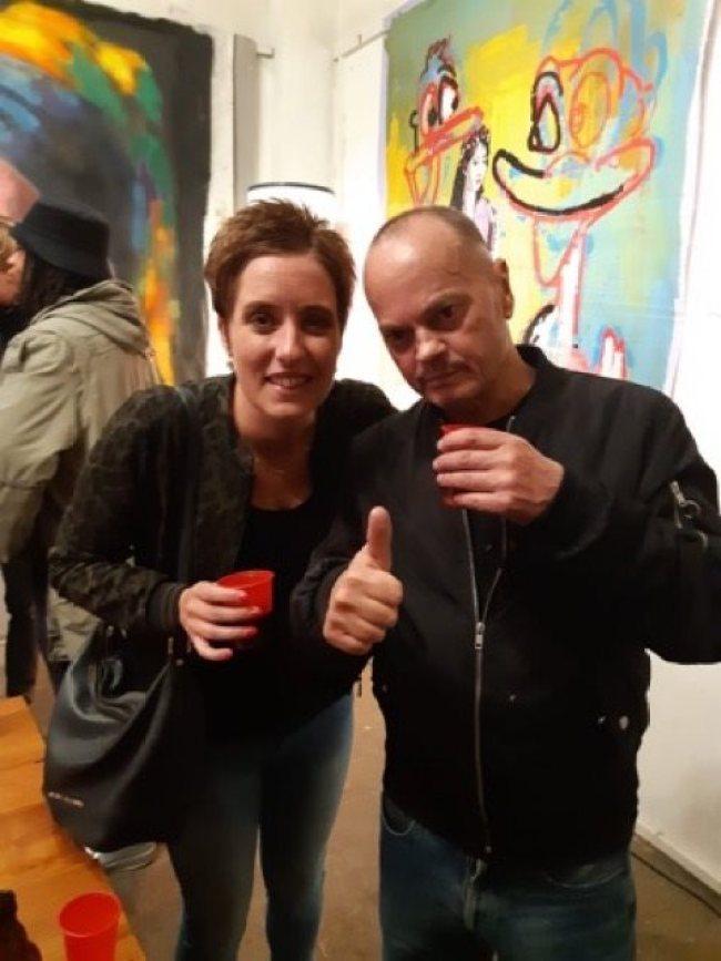 Evelien de Viet met de maestro Peter Klashorst (foto Facebook)