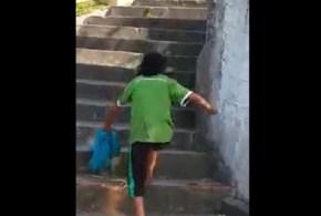 Escada com Obstáculos