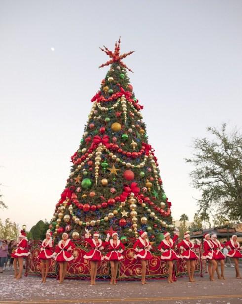Macy's Holiday Parade at Universal Studios Florida