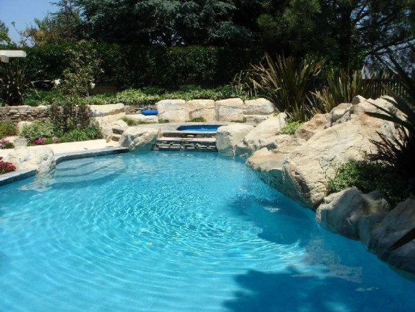 swimming pools fish ponds (58)