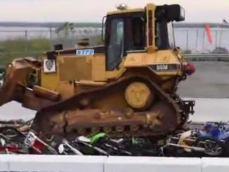 001369800_1463717416-just-a-bulldozer-crushing-dozens-of-bikes-and-quads-nothing-to-see-here-107599_1