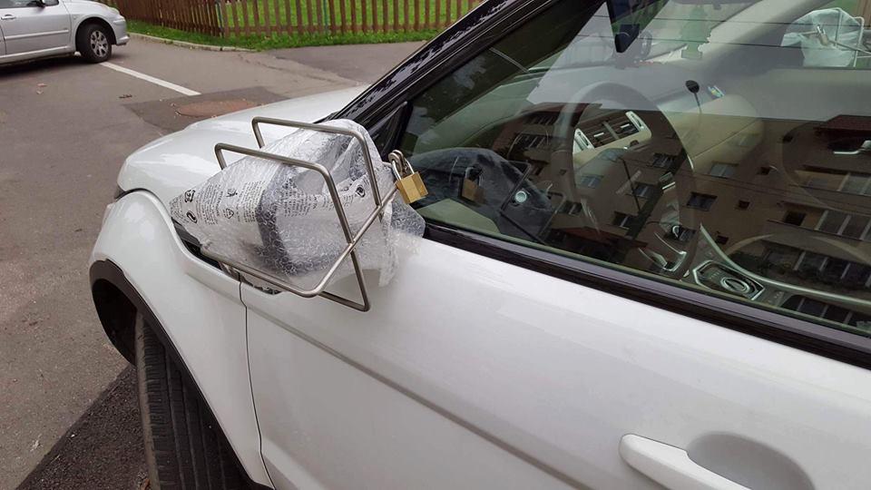 Polițistul Marian Godină: Sistem original antifurt a oglinzilor auto în România