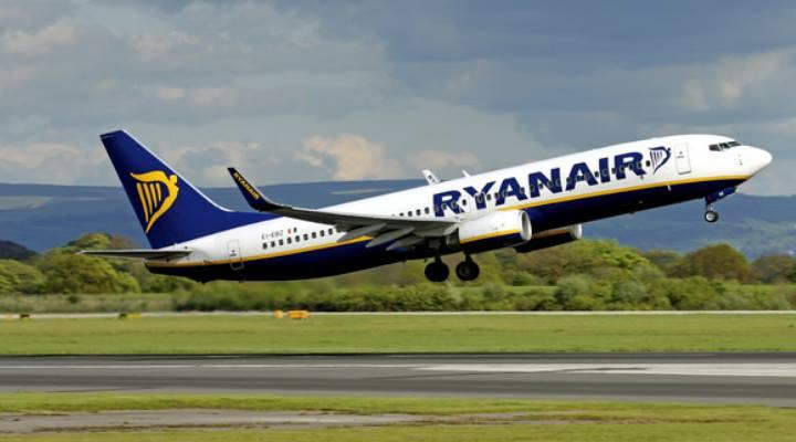 Ryanair vinde bilete de avion cu 2 euro! Vezi unde poți călători din România: