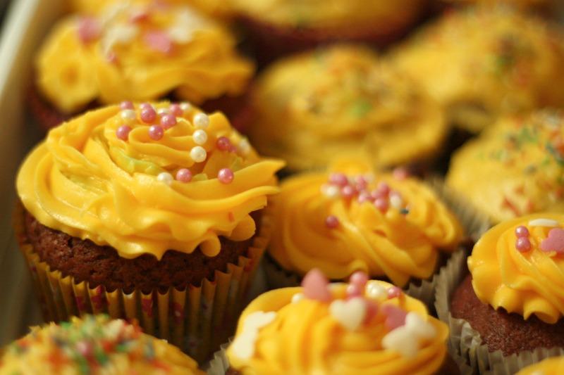 red velvet cupcakess