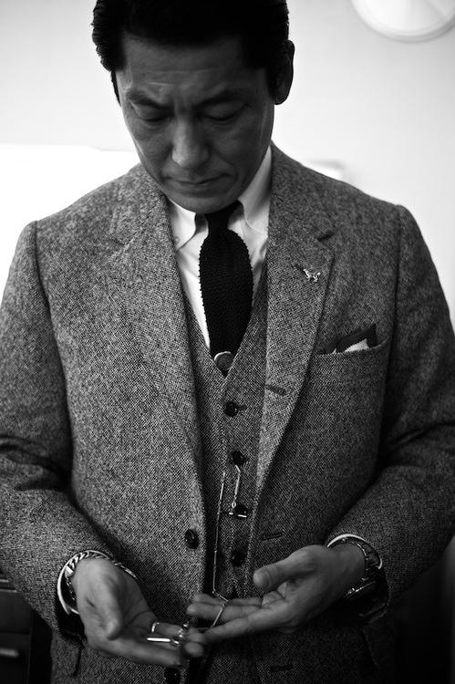 men style black white aug 14_7