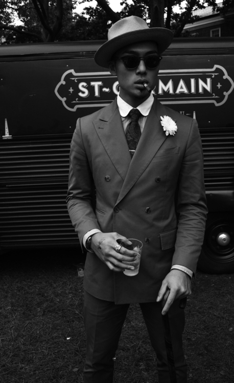 menstyle black and white 10