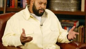 Suge Knight Appears on 'The Late Late Show' with Guest Host D.L. Hughley - November 19, 2004