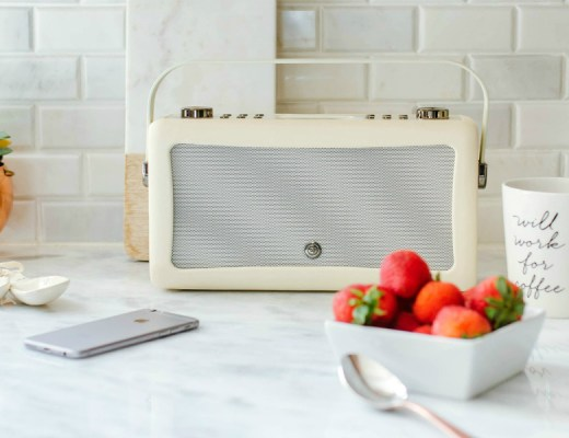vq-audio-giveaway-bluetooth-speaker-rose-city-style-guide-canadian-blogger-lifestyle-blog-8