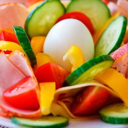 Dietètica. A Farmàcia Bibiana l'assessorem sobre l'alimentació i realitzem dietes personalitzades.
