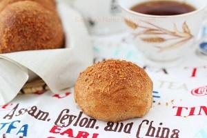Cardamom buns | Roxanashomebaking.com