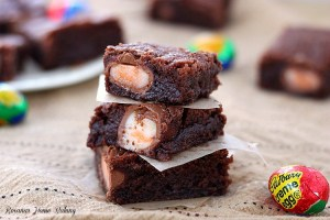 cadbury creme egg brownies recipe 4