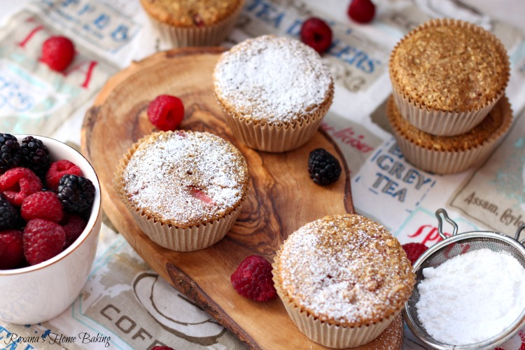 Summer berry oatmeal muffins recipe
