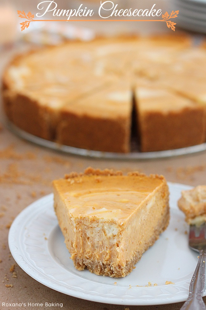 ... meets velvety cheesecake in this scrumptious marble pumpkin cheesecake