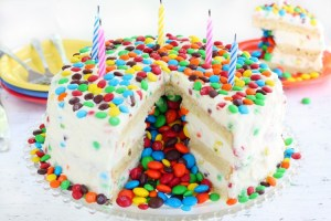 Piñata cake recipe