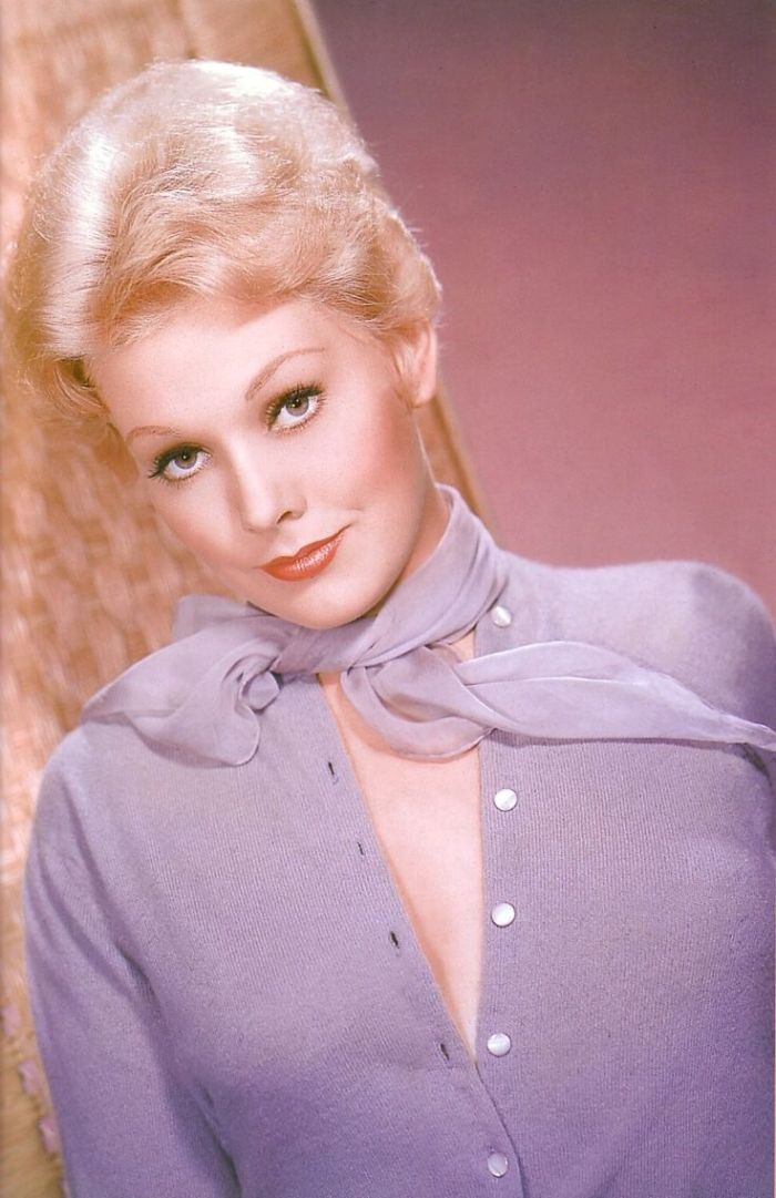 Kim Novak sweater girl