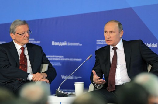 Russian President Vladimir Putin (R) and former Chancellor of Austria Wolfgang Schussel during the final plenary meeting of the 11th session of the Valdai International Discussion Club in Sochi October 24, 2014. (RIA Novosti / Vitaliy Belousov)