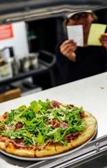 21 мая, 2010 Первая покупка с помощью биткоинов Программист Лазло Ханьец из Флориды перечислил 10 тыс. биткоинов своему знакомому в Великобританию. Последний заказал Ханьецу пиццу за $25.