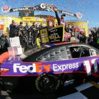 NSCS: Denny Hamlin Holds Off Brad Keselowski for Martinsville Sprint Cup Win