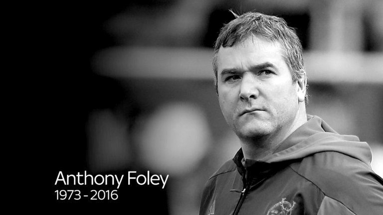Watch: Thomond Park Comes To A Standstill As Minutes Silence Held For Anthony Foley