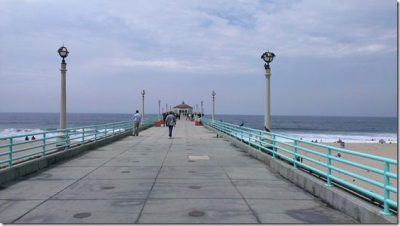 manhattan beach pier 800x450 thumb Friday Fun with Carrots N' Cake