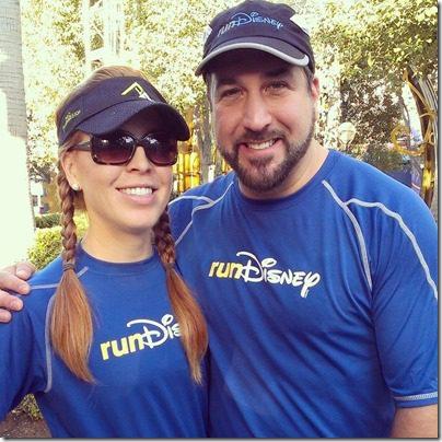 monica and the awesome joey fatone 800x800 thumb Disneyland Half Marathon Tweet Up Meet Up