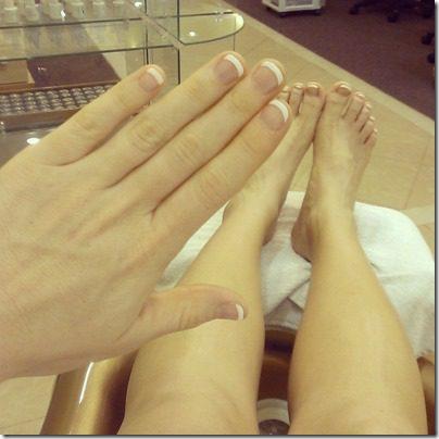 french manicure 800x800 thumb Friday Favorites–Revlon Eyeliner and Brighter vlog