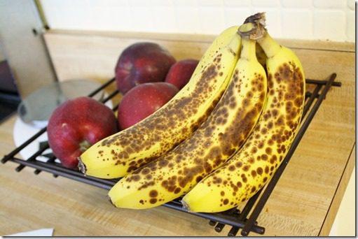 IMG 3998 800x533 thumb 3 Ingredient Banana Muffins Recipe